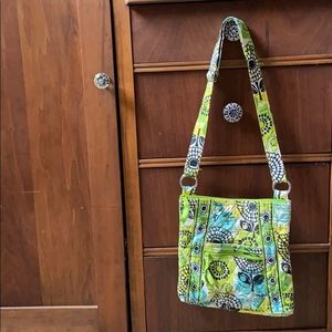 Vera Bradley very cute purse- cross body strap